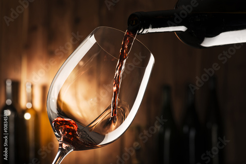 Plakat glass with red wine