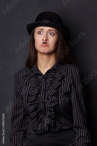 Poster miming girl