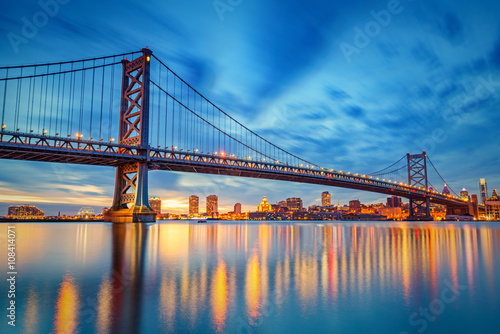 Staande foto Athene Ben Franklin Bridge in Philadelphia at sunset.