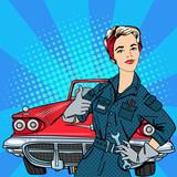 Dziewczyna z narzędziami, mechanik samochodowy. Klasyczny amerykański samochód