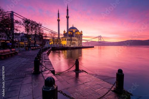 Poster amazing sunrise at Ortaköy mosque, turkey