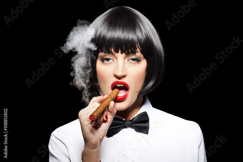 Poster Sexy mafiosi woman smoke with cigar