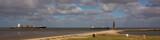 Panorama Kugelbake mit Containerschiff