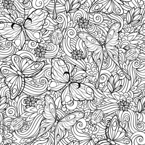 seamless pattern of flowers and butterflies.