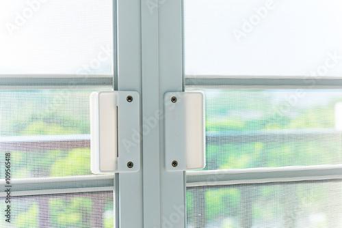 Mosqito window screen - 109565418