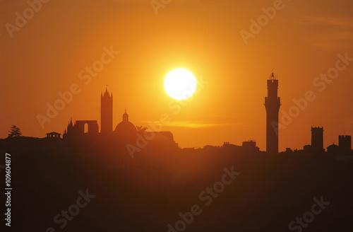 Italia,Toscana, Siena al tramonto. Poster