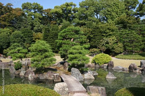 Panel Szklany a garden in nijojo castle, kyoto, japan