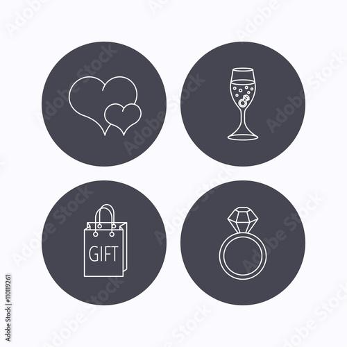 Zdjęcia na płótnie, fototapety, obrazy : Love heart, gift bag and wedding ring icons.