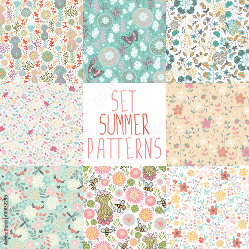 Set seamless floral pattern with dragonflies, butterflies, bees. - 110152258