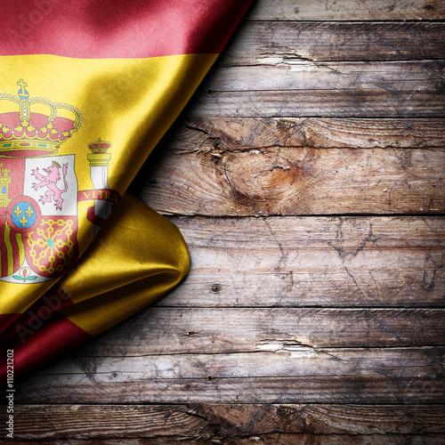 Zdjęcia na płótnie, fototapety, obrazy : Flag of Spain on wooden boards