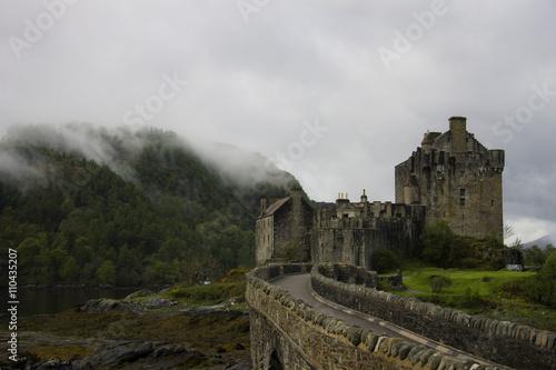 Eilean Donan Castle, Scotland плакат