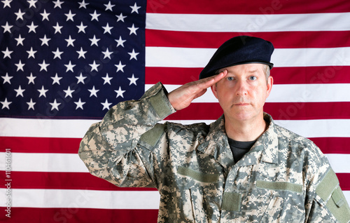Poster Veteran solider saluting with USA flag in background