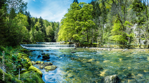 Areuse, Fluss im Neuenburger Jura, Schweiz, Panorama  - 110531026
