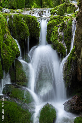 Plakat Waterfalls at Entzia mountain range (Spain)