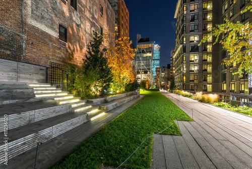 Poster High Line promenade in evening, Chelsea, Manhattan, New York Cit