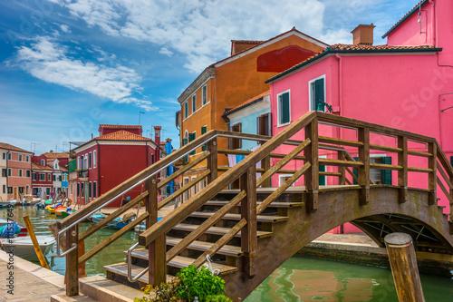 Zdjęcia na płótnie, fototapety na wymiar, obrazy na ścianę : Colorful village of Burano in Venice