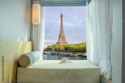 Fototapeta Summer, Travel, Vacation and Holiday concept - Beautiful Eiffel