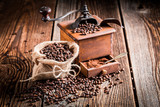 Fototapety Coffee grinder and beans