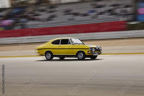 Foto op Plexiglas Motorsport Rasendes Auto
