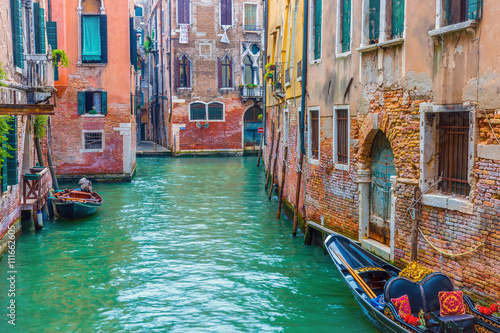 Zdjęcia na płótnie, fototapety na wymiar, obrazy na ścianę : Architecture Venice, Italy