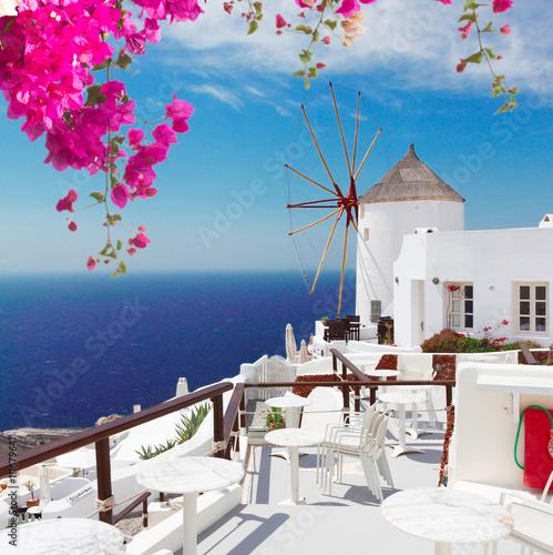 Fototapety, obrazy : windmill of Oia, Santorini