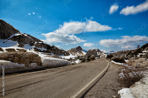 Foto op Canvas A road in the Dolomites