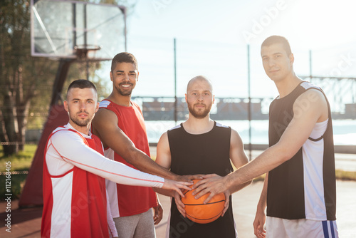 Zdjęcia Successful basketball team