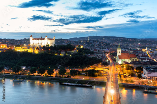 Foto op Canvas Bratislava castle - Panoramic View with the Castle and Old Town at Sunset