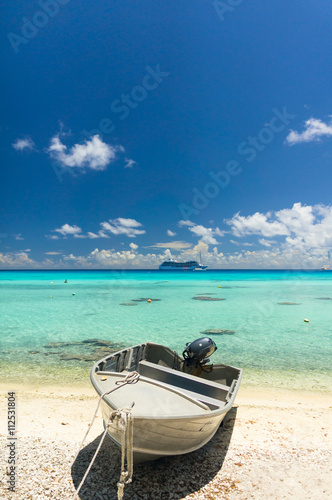 Poster, Tablou Paradise view of Rangiroa atoll, French Polynesia