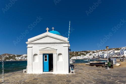Zdjęcia na płótnie, fototapety, obrazy : Small orthodox church on the port of town of Mykonos, Cyclades, Greece