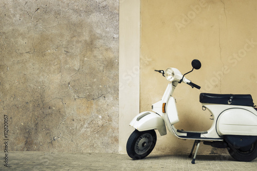 Foto op Canvas Scooter old scooter in Italy