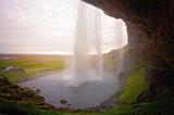 tramonto da dietro la cascata
