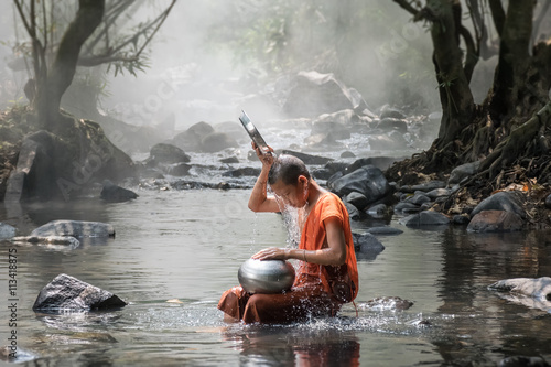 Monk take a bath Plakat