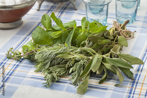 obraz lub plakat Bouquet of fresh Moroccan herbs