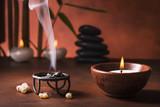 braciere con incenso fumante ,aromaterapia - 113629819