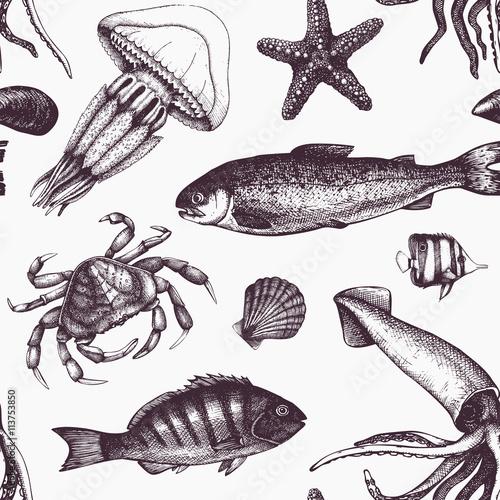 Materiał do szycia Tło wektor morze życie. Małże, ryby, Krab, rozgwiazdy, kalmary, jellyfish, szkic homara. Ręcznie rysowane ilustracja morze życie. Vintage wzór.