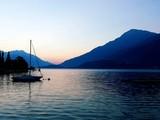 Barca a vela al lago