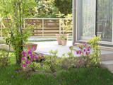 住宅 新築住宅 庭 植栽 テラス イメージ 緑 花 芝生 - 114278096