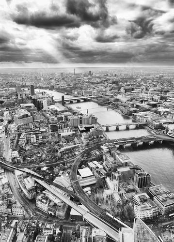 London skyline, Black and White
