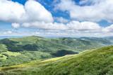 Cień rzucany na góry, widziany z sąsiedniego szczytu górskiego