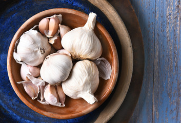 Garlic on Blue Plate