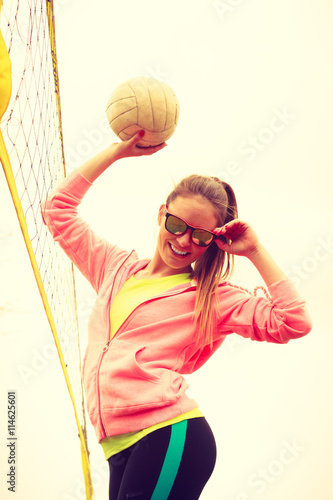 fototapeta na ścianę Woman volleyball player outdoor on court