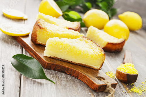 obraz lub plakat Lemon pie with yellow coconut