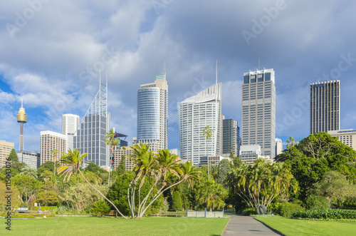 Poster Royal Botanic Garden with cityscape of Sydney, Australia