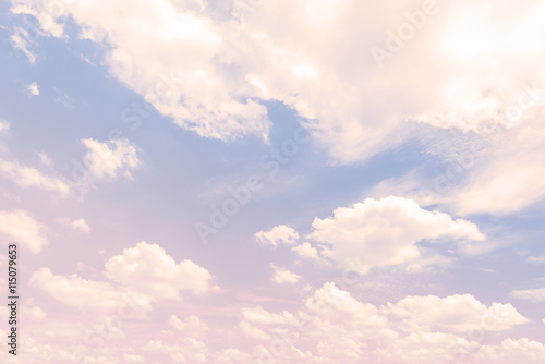 Sky with a pastel colored gradient - 115079653