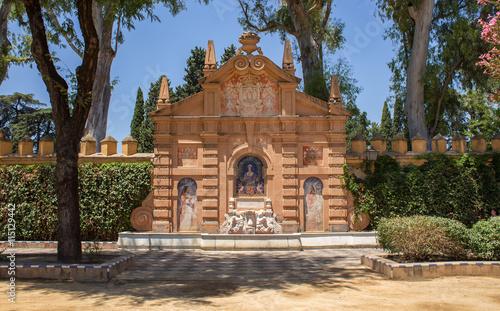 Monumento a Catalina de Ribera y Mendoza, Sevilla