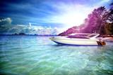 viajes en yate. Aventuras por mar, viajes y vacaciones en el mar, playas exóticas y aventuras en barco