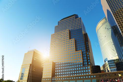 Foto op Plexiglas New York TAXI Looking up at skyscrapers in New York City