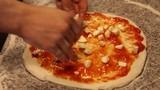 Italian pizza making