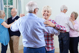 Fototapety Group Of Seniors Enjoying Dancing Club Together
